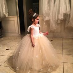 Puffy Flower Girl Dresses For Girls Bridesmaid,First Communion Dresses For Toddlers Years,Lovely Kids Evening Prom Dresses,Tulle Lace Children Bridesmaid Dresses Kids Bridesmaid Dress, Puffy Dresses, Girls Pageant Dresses, Cheap Dresses, White Tulle Skirt, Tulle Lace, Flower Girls, Flower Girl Dresses, First Communion Dresses