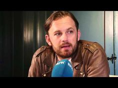 Intervju med Kings of Leon - Hove 2013. Goog interview about the upcoming album & how life has changed.