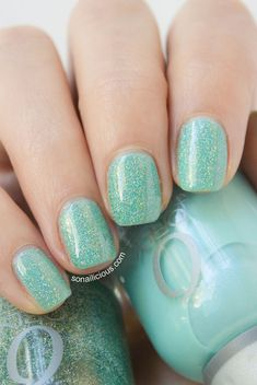 Turquoise holo nails - Orly sparkling garbage & Orly pretty ugly-from so nailicious. Mint Green Nails, Blue Nails, Green Glitter, Colorful Nail Designs, Cute Nail Designs, Awesome Designs, Sparkly Nails, Glitter Nails, Hair And Nails