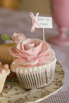 queenbee1924:  a cupcake for @Claire Pettibone ❤ via Claire Pettibone Beauty