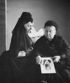Photograph of Queen Victoria with Victoria, Princess Royal, Empress Frederick, both wearing black in mourning holding a photograph of Emperor Frederick III who died in June photo was taken june 1889 Queen Victoria Family, Queen Victoria Prince Albert, Victoria And Albert, Victoria British, Princesa Victoria, Reine Victoria, Royal Queen, King Queen, Wilhelm Ii