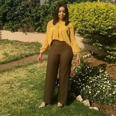 Photo by Fashionas_Iknowit on September Image may contain: 1 person Stylish Work Outfits, Business Casual Outfits, Professional Outfits, Classy Outfits, Chic Outfits, Fashion Outfits, Casual Work Attire, Corporate Attire, Latest African Fashion Dresses