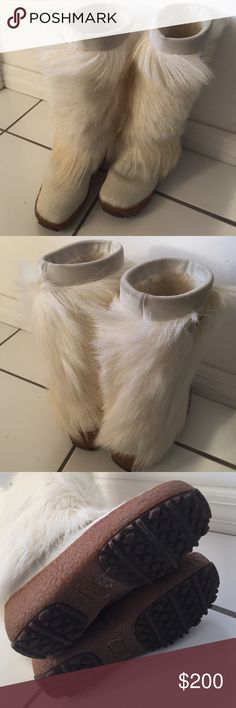 Oscar Sport Apres Ski boots Gorgeous authentic goat fur after ski boots. Very warm. Worn once. Slight discoloring on top suede of boot. Otherwise like brand-new. Shoes