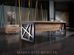La création de meubles en bois Brut et Métal pour les Grands Espaces Intérieurs style Industriel
