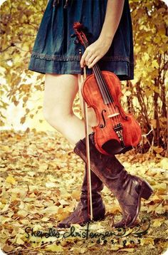 "The Violinist | ""I have just one fiddle. It works, and that's it. It has been an old friend.""  ~ Itzhak Perlman"