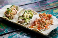 Melbourne Mexican food lovers, get excited for our tasty list of the best tacos in Melbourne. Mexican Snacks, Mexican Food Recipes, Ethnic Recipes, Taco Place, Places In Melbourne, Food Places, I Want To Eat, Perfect Food, Restaurant Bar