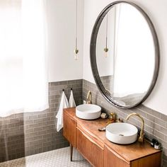 Master Bathroom decor for the bathroom renovation. Learn bathroom organization, bathroom decor tips, bathroom tile recommendations, master bathroom paint colors, and more. Bathroom Inspiration, Hotel Bathroom, Small Bathroom, Bathrooms Remodel, Bathroom Decor, Round Mirror Bathroom, Bathroom Design, Shower Design, Resurface Countertops