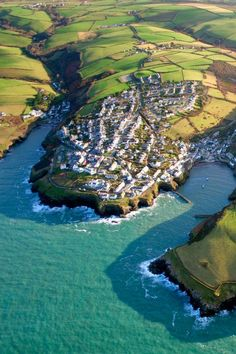 One of my favourite places - Port Isaac, North Cornwall, England, UK Places To Travel, Places To See, Travel Destinations, Port Isaac, North Cornwall, Cornwall Coast, English Countryside, East Sussex, Places Around The World