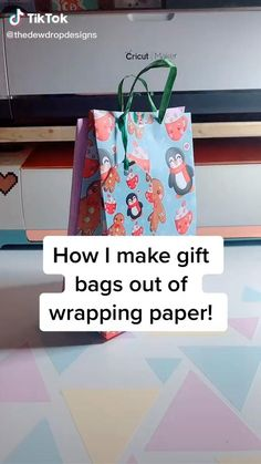 Making Gift Bags From Wrapping Paper, Diy Gift Bags Paper, Origami Gift Bag, Homemade Gift Bags, Small Paper Bags, Wrapping Paper Crafts, Wrapping Papers, Creative Gift Wrapping, Small Gift Bags