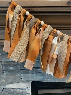 Easy Fall Crafts, Fall Diy, Fall Home Decor, Country Fall Decor, Fall Apartment Decor, Autumn Home, Natural Fall Decor, Rag Garland, Garland Ideas