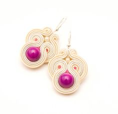 Items similar to Fuchsia wedding earrings with creamy soutache / danle earrings for bride or bridesmates on Etsy Passementerie, Soutache Earrings, Wedding Earrings, Beading Tutorials, Shibori, Fascinator, Jewels, Beads, Trending Outfits