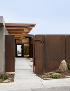 Exterior - Midcentury - Exterior - orange county - by Laidlaw Schultz architects