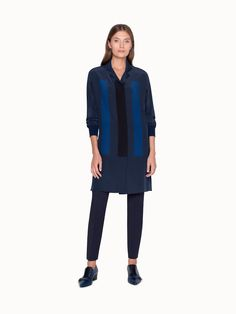 Akris® Official – Double Breasted Tunic Blouse with Kimono Sleeve Silk Tunic, Tunic Blouse, Silk Crepe, Shades Of Blue, Blouse Designs, Best Sellers, Double Breasted, Work Wear, Kimono