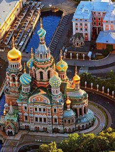 St. Petersburg, Russia - very beautiful place which I have yet to visit- looks surreal in this photo!