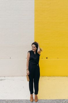 An easy way to dress up - wear a jumpsuit Fall Fashion Outfits, Night Outfits, Spring Outfits, Autumn Fashion, Spring Fashion, Elegant Outfit, Normcore, Street Style, Female