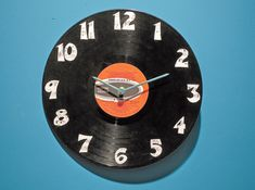 Great DIY father's day gift. A clock out of and old record.