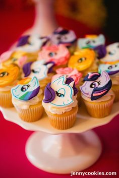 My Little Pony Birthday Party via Kara's Party Ideas KarasPartyIdeas.com Cake, decor, tutorials, recipes, favors and MORE! #mylittlepony #mylittleponyparty #ponyparty #rainbowparty #girlpartyideas (23)