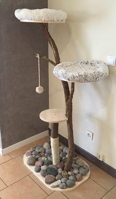 Cats Toys Ideas - Arbre à chat DIY (pour les radins comme moi) - Ideal toys for small cats