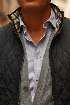 I surprisingly like the quilted jacket. Great weekend look. Looks Style, Looks Cool, Men Looks, My Style, Sharp Dressed Man, Well Dressed Men, Estilo Ivy, Burberry Quilted Jacket, Burberry Men