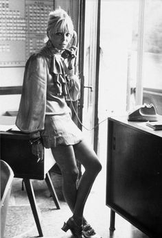 Rolling Stones muse Anita Pallenberg helped to create the rock 'n' roll look that continues today. Anita Pallenberg, 70s Icons, Style Icons, 60s And 70s Fashion, Vintage Fashion, Vintage Style, 1960s Style, Rock Fashion, Vintage Bohemian