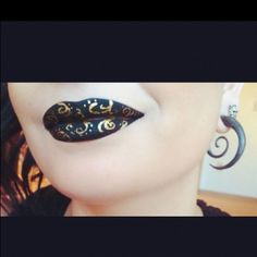 I've always love pattern lips, but I have the worst luck with them