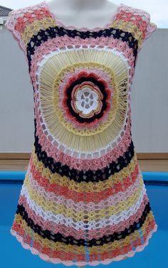 Fabulous Crochet a Little Black Crochet Dress Ideas. Georgeous Crochet a Little Black Crochet Dress Ideas. Crochet Shirt, Crochet Gifts, Crochet Yarn, Easy Crochet, Crochet Stitches, Knit Crochet, Bikinis Crochet, Black Crochet Dress, Skirt