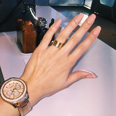 Nude natural nails