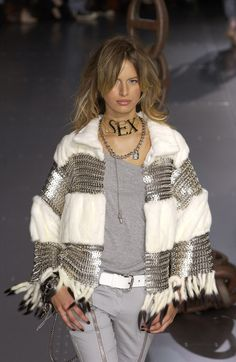 Dolce & Gabbana at Milan Spring 2003