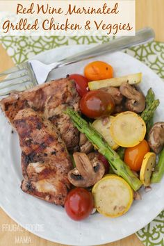 Red Wine Marinated Grilled Chicken & Veggies- you and your family will love this healthier, flavorful grilled dinner! #pmedia #SCNRF