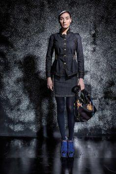 DANIELA DALLAVALLE - #danieladallavalle #collection #fw17 #elisacavaletti #woman #chick #skirt #jacket eansonjeans #purse #fashion #details #detailsmatter #art #highheels #tights #blue #print