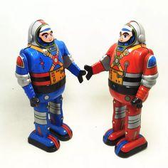 Antique Style Tin Toys Robots Wind Up For Children Home Decor Vintage Robots, Retro Robot, Vintage Toys, Retro Vintage, Classic Ro, Tin Toys, Antique Toys, Kids House, Stargazing