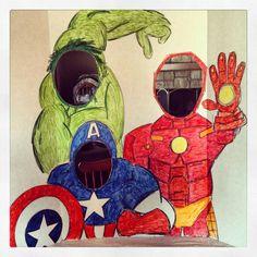 Die Farben für unsere Superhero-Party stehen definitiv schon fest. So lässt sich die Deko auch super einfach gestalten.   Vielen Dank für diese schöne Idee  Dein balloonas.com    #kindergeburtstag #balloonas #aventures #spiderman #superman #deko