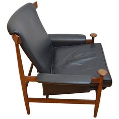 "Armchair ""Bwana"" by Finn Juhl in Teck Wood and Black Leather 
