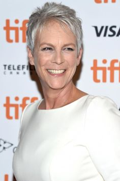 30 Celebrities With Gorgeous Gray Hairstyles There& a reason so many young women are choosing to dye their hair shades of silver: It looks amazing at every age! Going gray can look fresh, young, and fun, so if you& thinking of embracing the. Hair Color Purple, Blonde Color, Short Grey Hair, Short Hair Styles, Short Hairstyles For Women, Cool Hairstyles, Hairstyle Names, Salt And Pepper Hair, Celebrity Haircuts