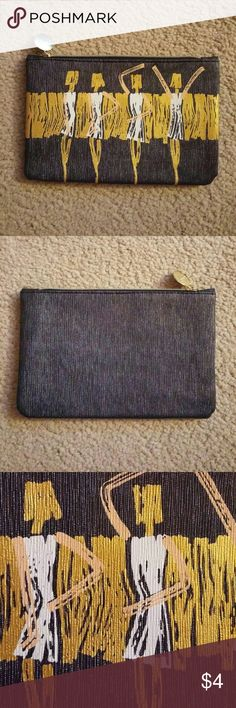👛 Ipsy Cosmetic Bag No trades. Gently used. Bag only - no products. I ship same or next day! Ipsy Bags Cosmetic Bags & Cases