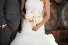 Romantic bridal bouquet in blush tones