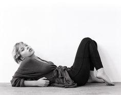 Скарлетт Йоханссон (Scarlett Johansson) в фотосессии Стина Сандленда (Steen Sundland) для журнала Details (2003)