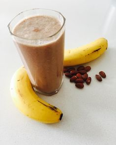 S U P E R  S M O O T H I E - bananas almonds coconut water tahini honey cacao powder mesquite powder. Perfect fuel to charge you up for a S U P E R  S A T U R D A Y. I really enjoyed this after my run and swim this morn. Have a happy weekend  #torquayfitnessandlifestyle #qualifiedinspiration #supersmoothie #smoothie #yum #healthy #goodforyou #energy #energise #motivate #activity #stayactive #saturdaysareforfunstuff #run #swim #fun #fit #fitas #fitness #bestyear #getmoving #personaltraining…