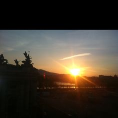 Blick aus dem Büro in den Sonnenuntergang, 17.4.2012, 19:58 Uhr