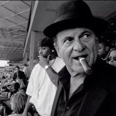 Celebrity Smoking Cigar — Joe Pesci - Flora's World Cigar Quotes, Famous Cigars, Smoking Celebrities, Cigar Art, People Smoking, Cigar Accessories, Good Cigars, Up In Smoke, Fidel Castro