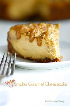 You may want to add this to your Thanksgiving recipe list - Vegan Pumpkin Caramel Cheesecake! #vegan #dessert #thanksgiving