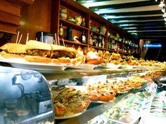 Restaurante de tapas en un barrio de Madrid :)