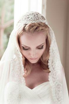 1459e19d5ee56 Wedding Veil Alencon Lace Juliet Cap English Net By veiledbeaut