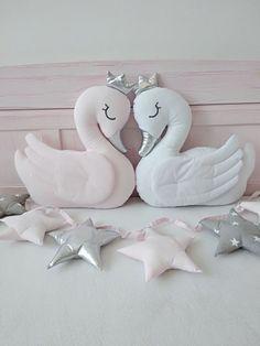 Swan Pillow swan Cushion Crescent Pillow Nursery D Girl Decor, Baby Decor, Nursery Decor, Room Decor, Baby Pillows, Kids Pillows, Diy For Kids, Gifts For Kids, Girls Princess Room