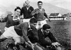 1965 - Nelson Combined 06 / Boks 45 Jan Ellis scoring one of his three tries in this match South African Rugby, International Rugby, Rugby League, Real Men, Old School, Youth, Van, Football, Sports