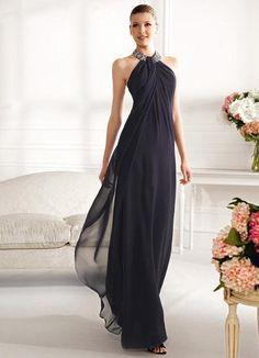 Черное вечернее платье в греческом стиле