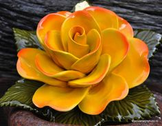 Grave Decoration Yellow rose ceramics (majolica)