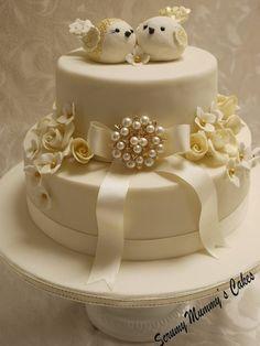 Isobella Golden Wedding Lovebirds Cake - by ScrummyMummy @ CakesDecor.com - cake decorating website