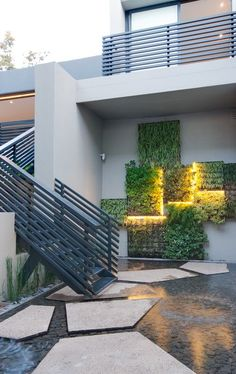 Concrete House   Inside Outside   Nico van der Meulen Architects, M Square Lifestyle Design and Necessities    #Design #Architecture #Concrete #Contemporary #geometric #water #feature #green #wall