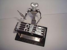 Churrasqueiro feito com garfos. Visite o meu BLOG: saulrogerioartesanato.blogspot.pt